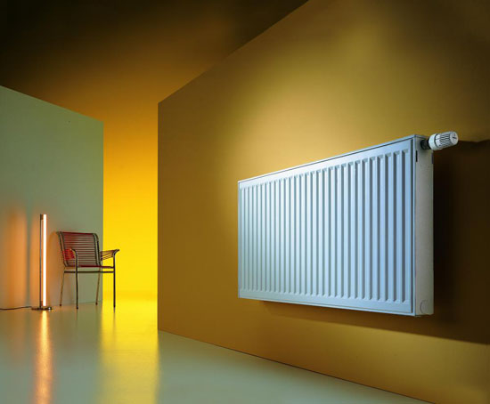 Радиатор в коридоре