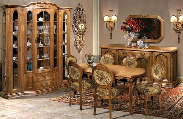 Покупка старинной мебели