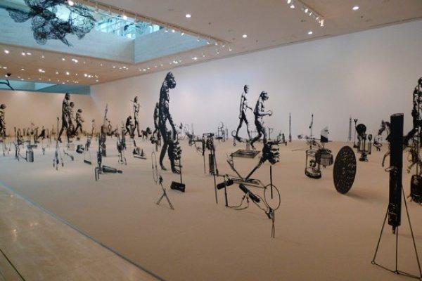 Осенний сезон в «Мистецьком Арсенале» открыл Большой скульптурный салон. Специальным гостем события стал британо-израильский художник Цадок Бен-Давид