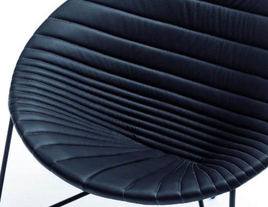 Кресло коллекции Comfee ArmChair дизайнера Anna Hrecka