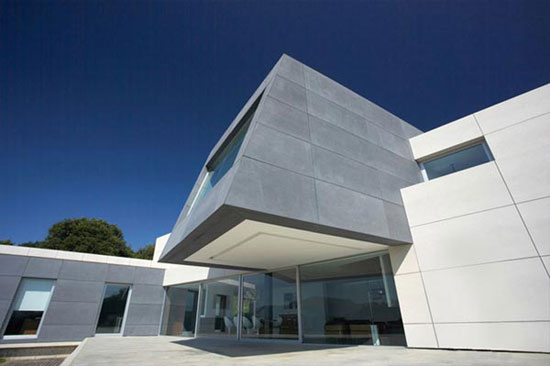 Дом в стиле минимализм, A-Cero