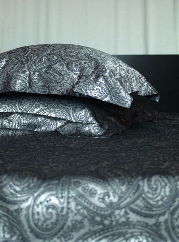 Шелковое постельное белье Yves Delorme