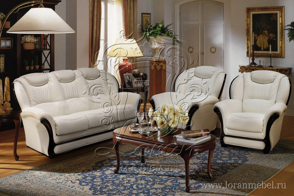 Трехместный кожаный диван «Мартель»
