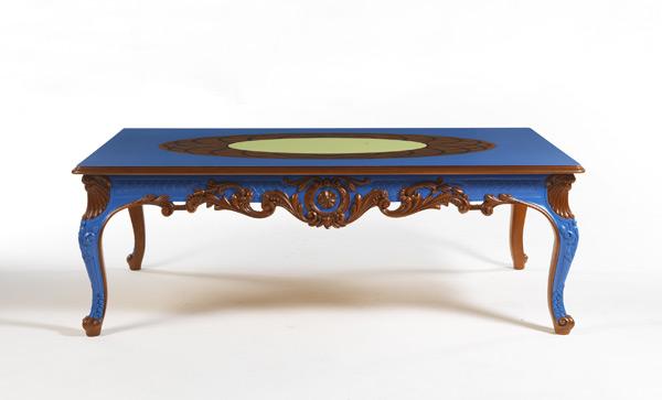 Лофт Byblos в синем кабинете - стол La Tour