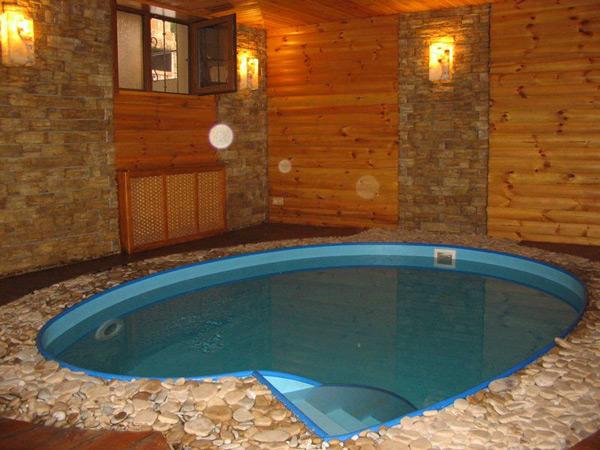 Бассейн в бане: удобство и радость