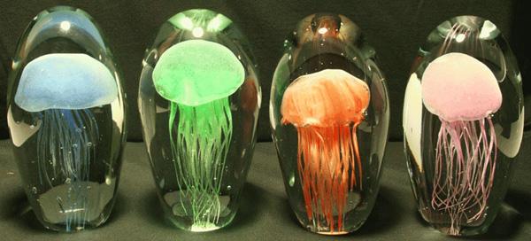 Удивительные технологии освещения: лампа из светящихся медуз