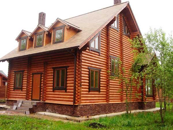 Зимняя стройка деревянного дома