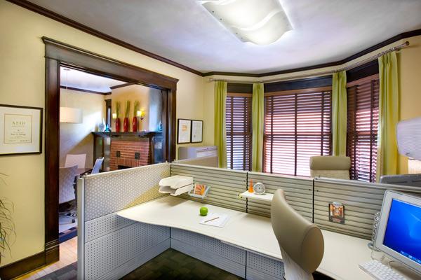 Качественный интерьер офиса: мебель и оформление