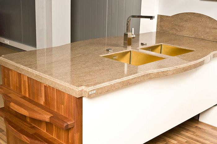 Столешница – основная часть кухонного интерьера