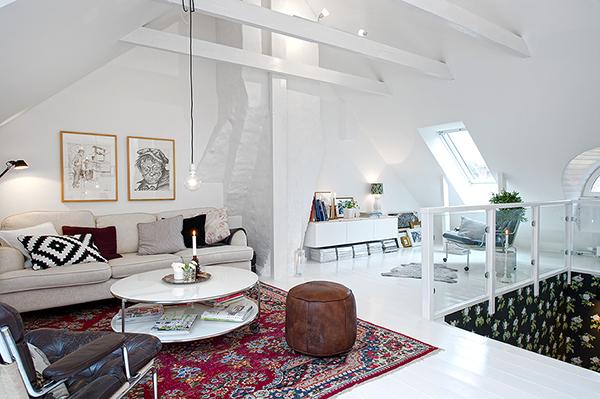 Двухэтажная квартира с мансардой в скандинавском стиле