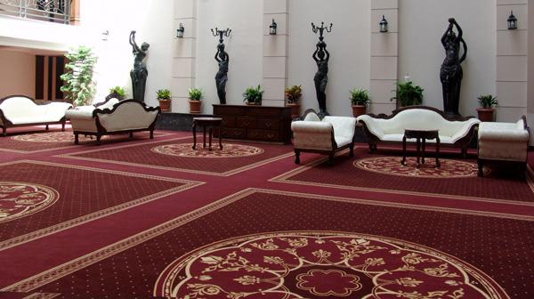 Несколько поводов приобрести ковер: преимущества ковровых покрытий