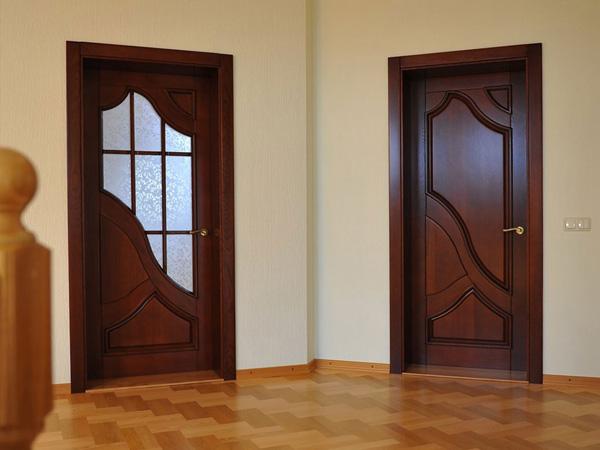 Преимущества межкомнатных дверей, выполненных из дерева