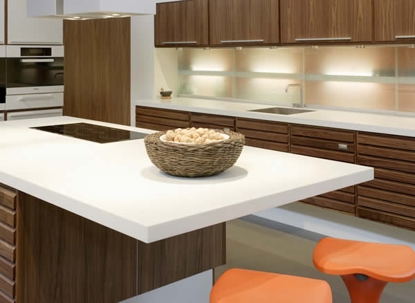 Кухонные столешницы: какой материал выбрать?