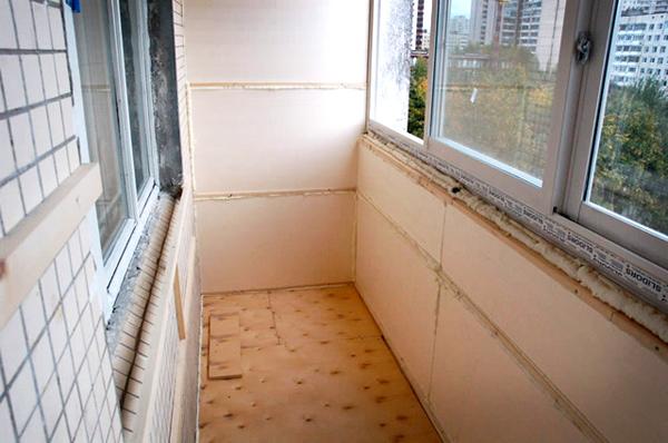Особенности утепления лоджий и балконов