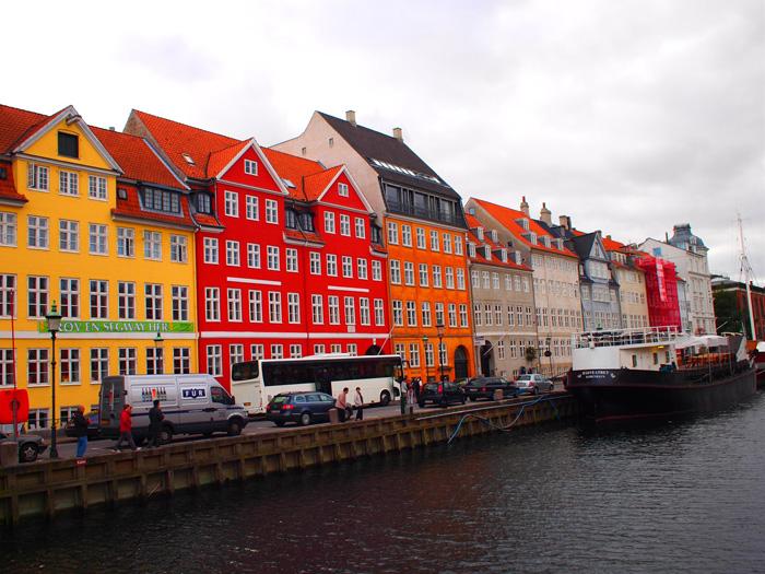 Загадочный город Амстердам: особенности архитектуры