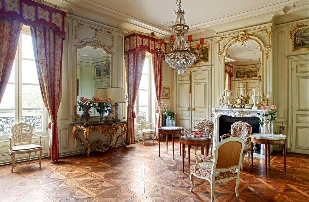 Роскошный замок в Бургундии Château de Varennes