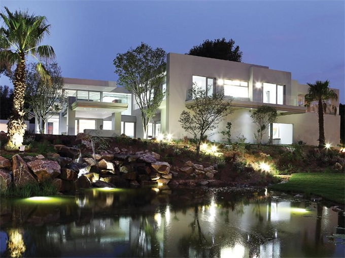 Проект большого светлого дома