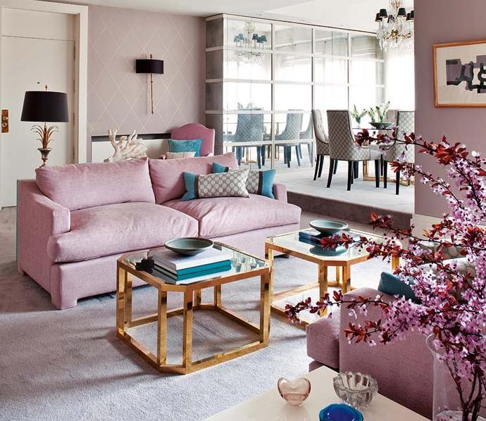 Розовая гостиная в романтичном стиле