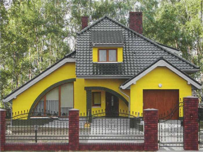 Нарядные яркие фасады с применением фасадной краски