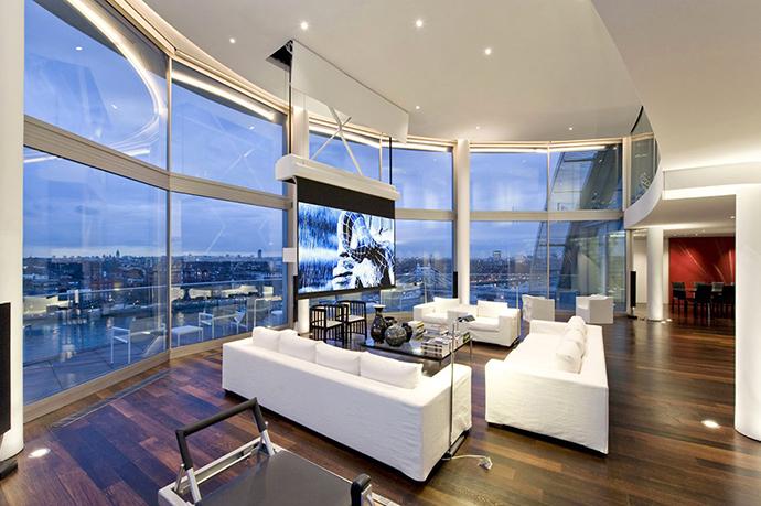 Большие панорамные окна в интерьере