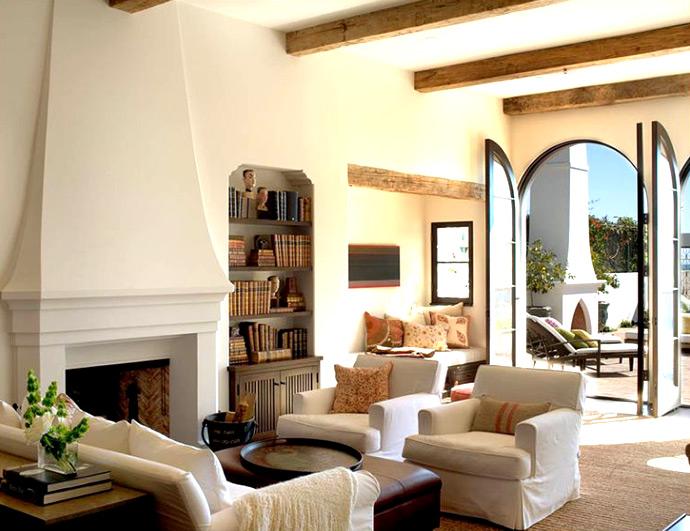 Средиземноморский стиль в интерьере. Гостиная в средиземноморском стиле