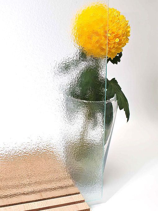 Декоративное стекло в интерьере