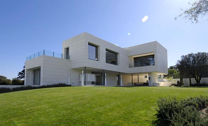 Рынок недвижимости Одессы: первичка или вторичка - что покупать?