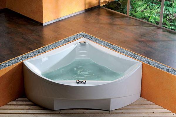 Угловые ванны - особенности и разновидности