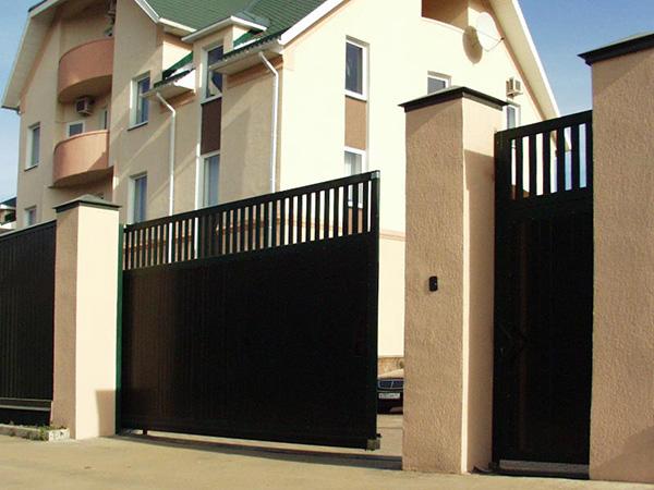 Ворота - важный элемент ограждения