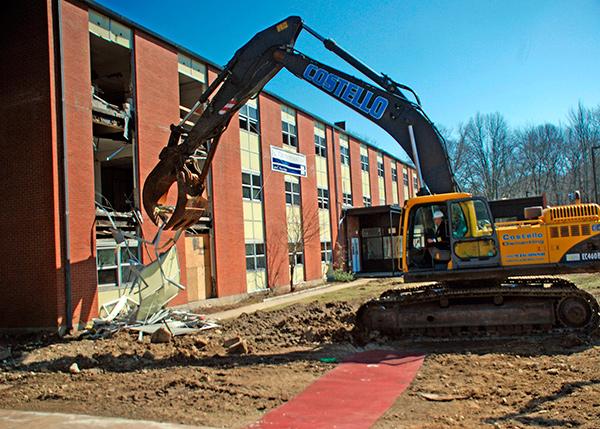 Как быстро и легко демонтировать старое здание