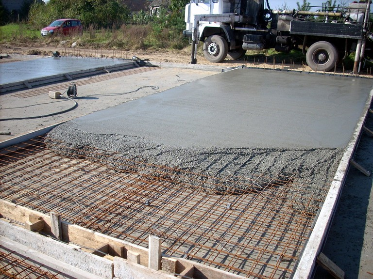 Как правильно замешивать бетон
