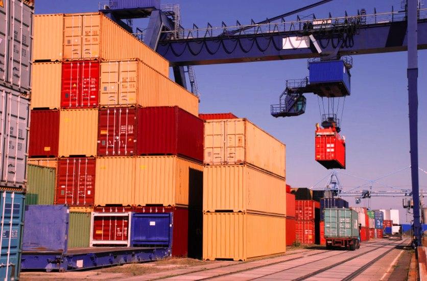 Преимущества контейнерных грузовых перевозок