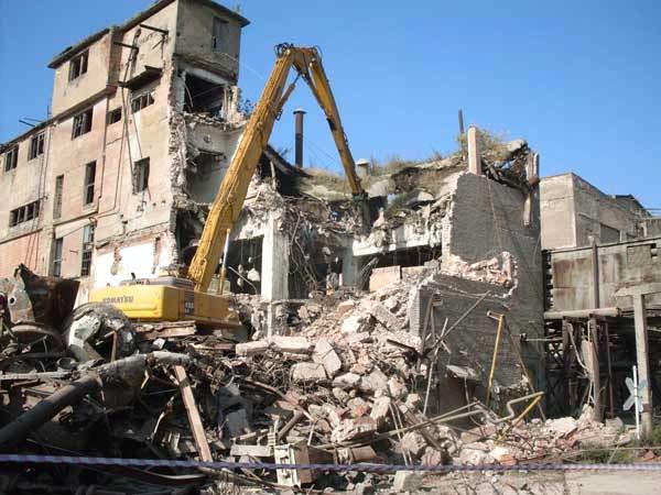 Демонтаж зданий - что стоит за этим понятием?