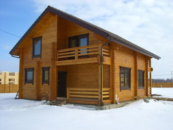 Деревянное домостроение из клееного бруса