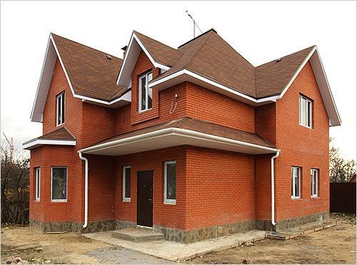Строим кирпичный крепкий дом - ничего не страшно в нем