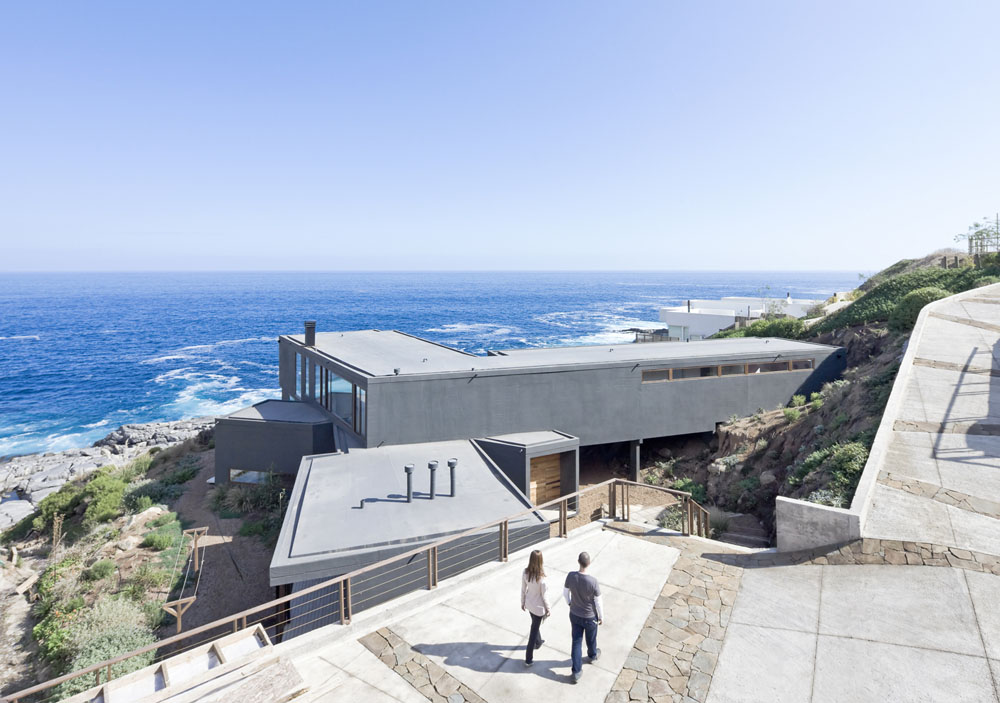 Catch-The-Views-House-by-LAND-Arquitectos