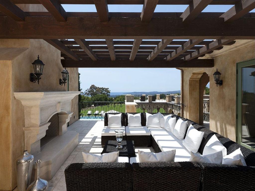 Luxury-Home-in-Santa-Barbara-2