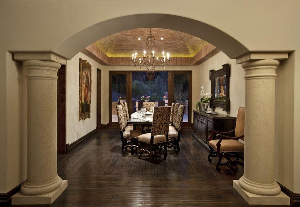 Luxury-Home-in-Santa-Barbara-8