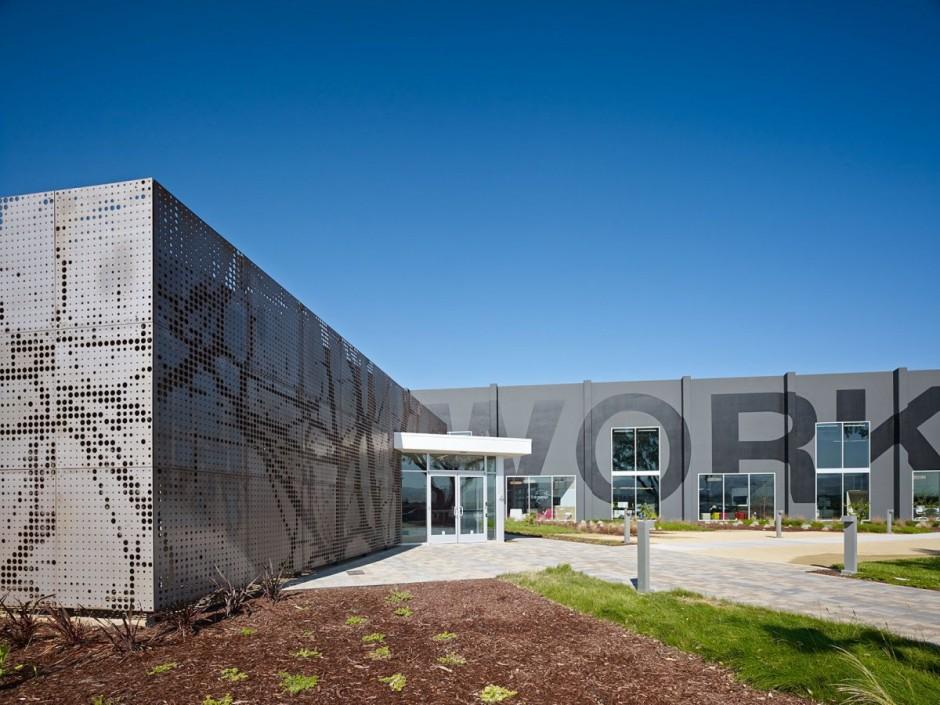 Дизайн штаб-квартиры One Workplace в Калифорнии