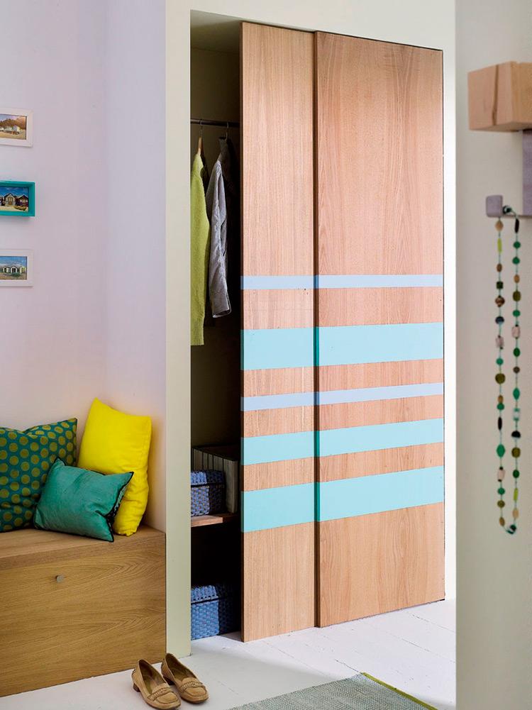 Шкафы-купе в интерьере прихожей, фото шкафов-купе