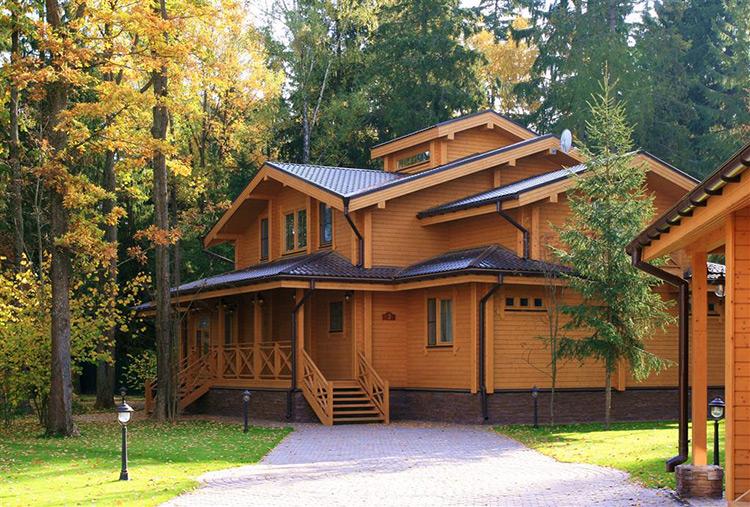 Строительство загородных домов из профилированного бруса
