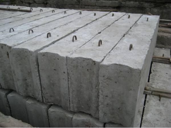 Строим стены из бетонных блоков