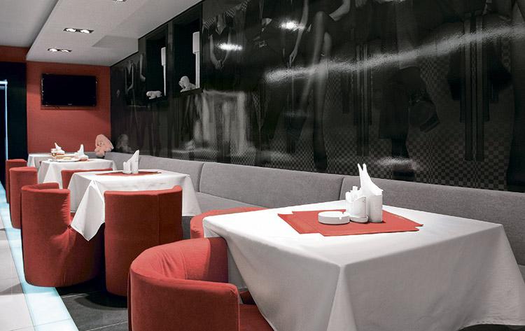 Интерьер кафе Podium bar в Харькове