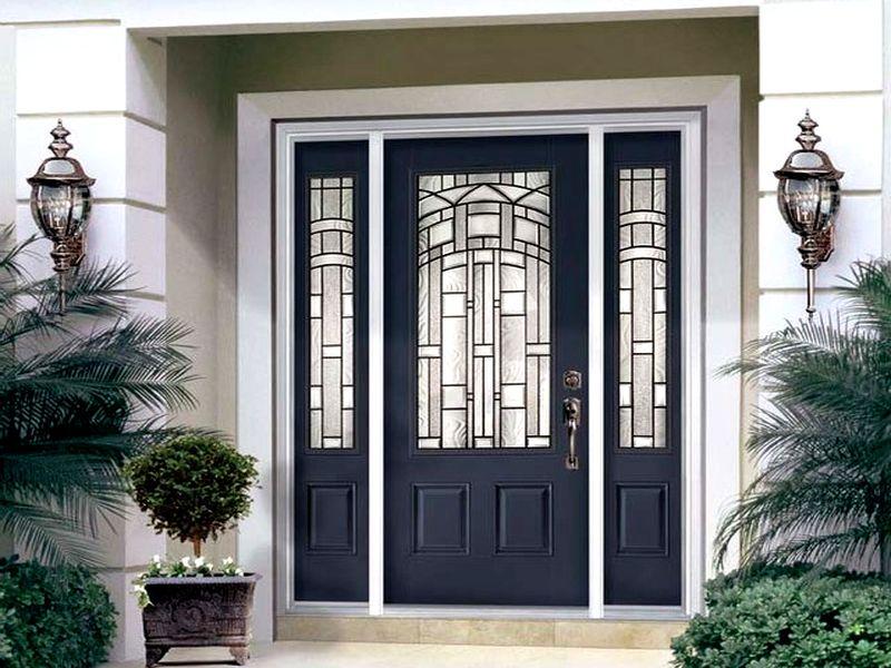 входная дверь с витражным стеклом