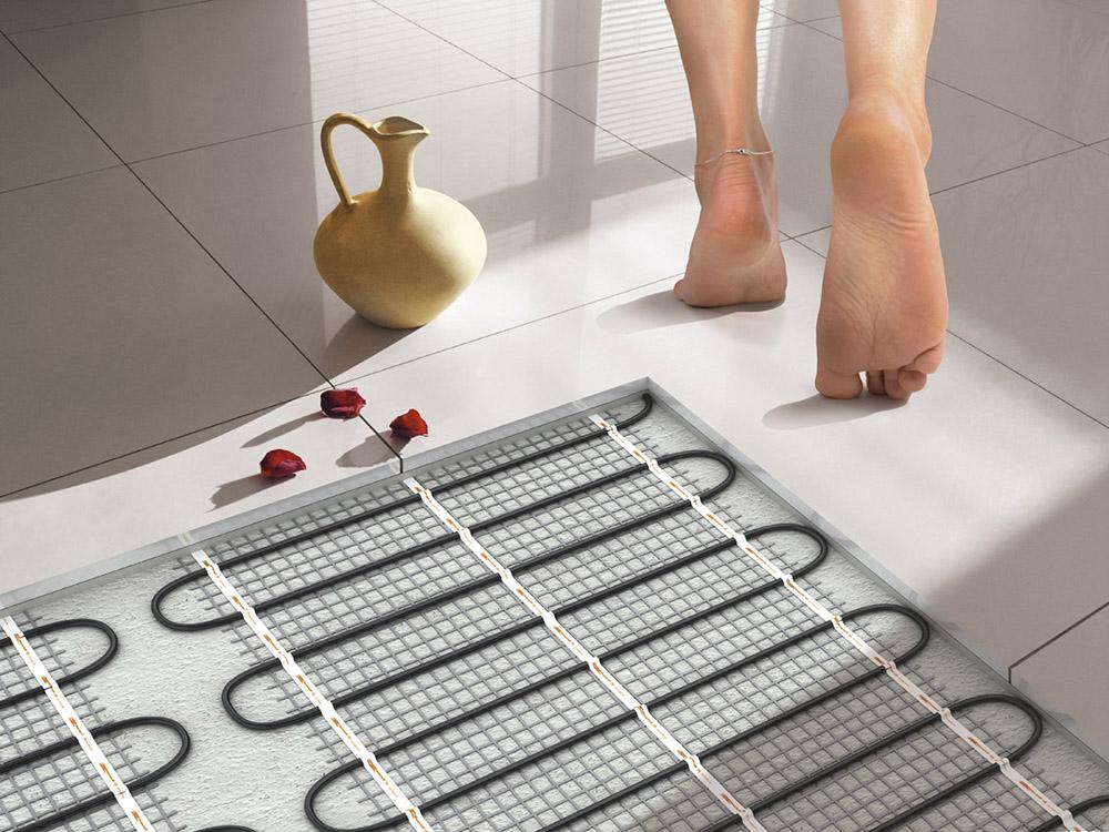 Теплый пол: водяной или электрический. Как выбрать теплый пол